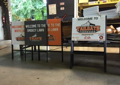 Tailgate Tennessee Signs