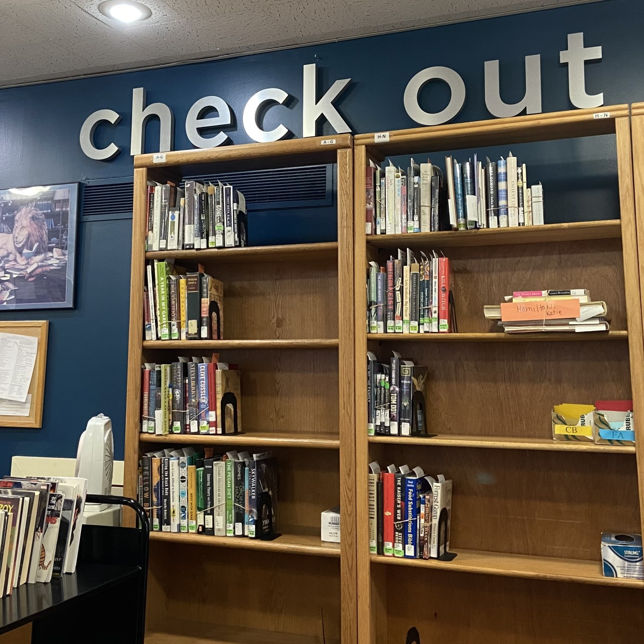 New Signs for Knox County Library